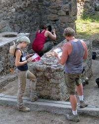 Exhibit show Pompeian life before Vesuvius' wrath