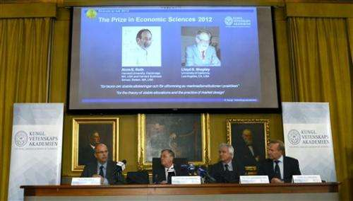 2 Americans win Nobel economics prize