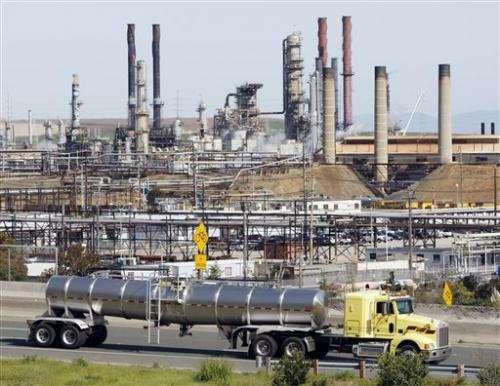 Calif debuts landmark program to cap emissions