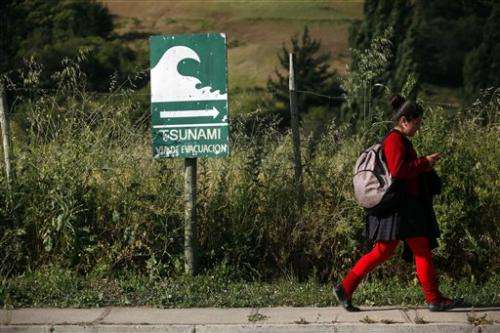 Chilean town shaken by reminders of deadly quake