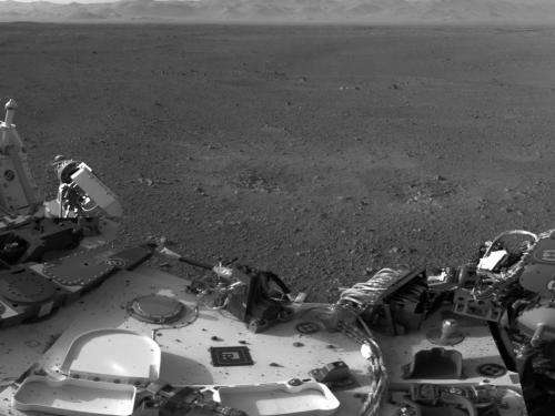 Curiosity image: Traces of Landing