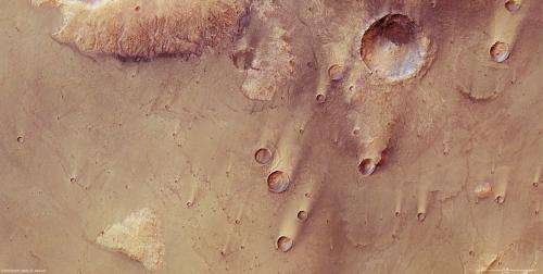 Mars Express reveals wind-blown deposits on Mars