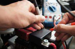 Never again a flat vehicle battery: RUB researchers develop early warning system