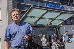 Nokia cuts 10,000 jobs, streamlines to save costs