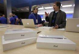 Research firm: New iPad more expensive to make (AP)