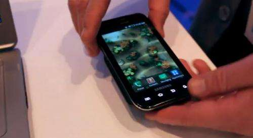 Laptop juices smartphone in Intel demo at Computex  (w/ Video)