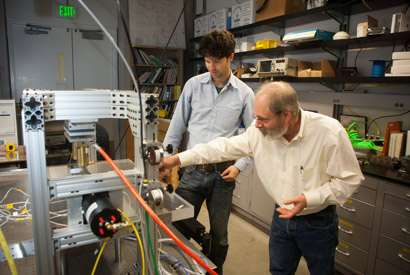 Tabletop fault model reveals why some quakes result in faster shaking