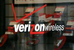 Verizon was approved to purchase wireless spectrum from three major cable television providers
