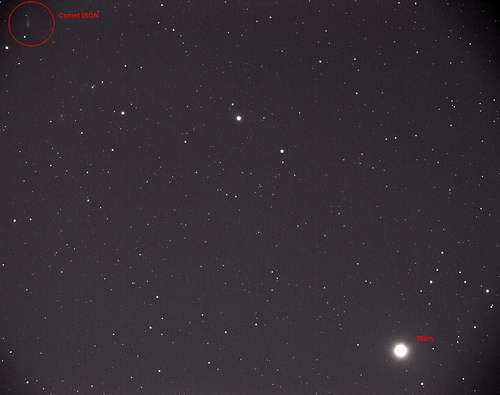 Comet ISON and Mars imaged together during close approach