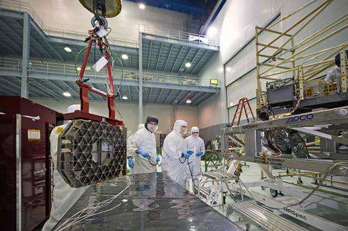 NASA engineers rehearse placement of Webb Telescope's NIRSpec and microshutters