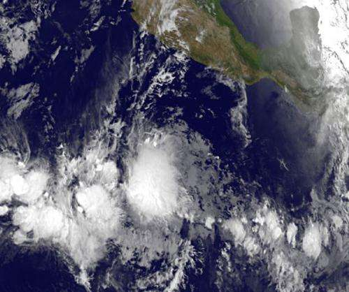 NASA sees Eastern Pacific get first tropical storm: Alvin