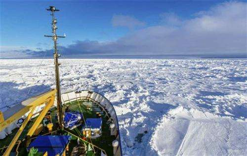 Rescue of icebound Antarctic ship faces setback