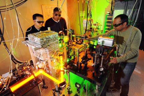 Researchers evaluate Bose-Einstein condensates for communicating among quantum computers