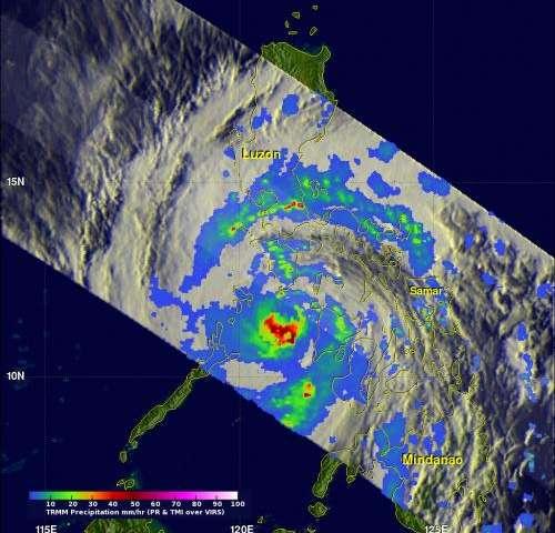 NASA's TRMM satellite sees Super-typhoon Haiyan strike Philippines
