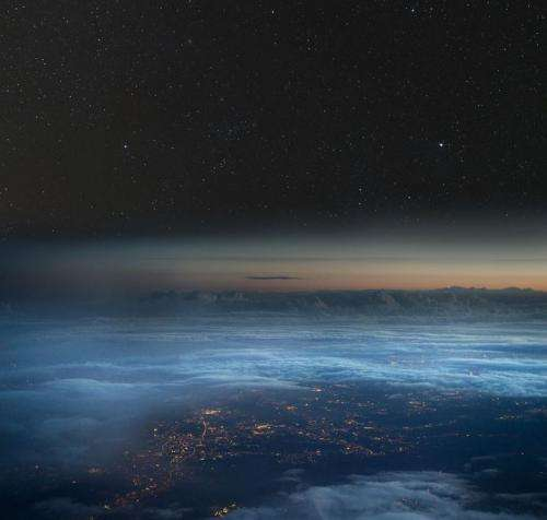 Water in stratosphere plays key role in Earth's climate