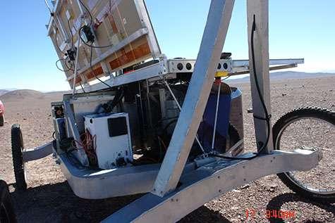 Autonomous rover drills underground in the Atacama