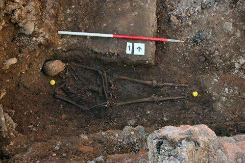 King Richard III found in 'untidy lozenge-shaped grave'