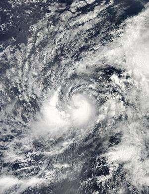 2 NASA satellites analyze Hurricane Humberto's clouds and rainfall