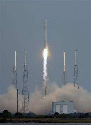 SpaceX rocket launches for flight to space station