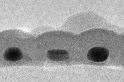 Stanford scientists break record for thinnest light-absorber