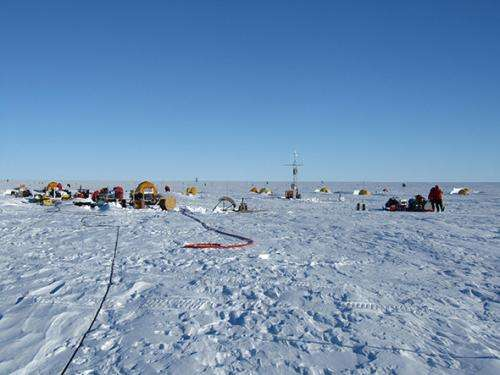 Antarctic research details ice melt below massive glacier