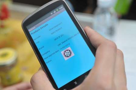 A smartphone app to verify halal products