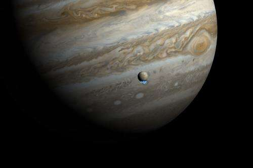 Hubble discovers water vapor venting from Jupiter's moon Europa