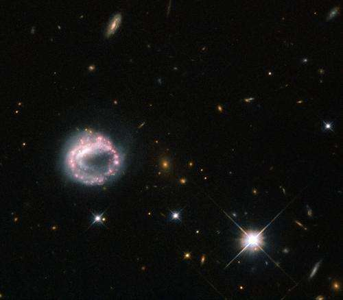 Hubble gazes on one ring to rule them all