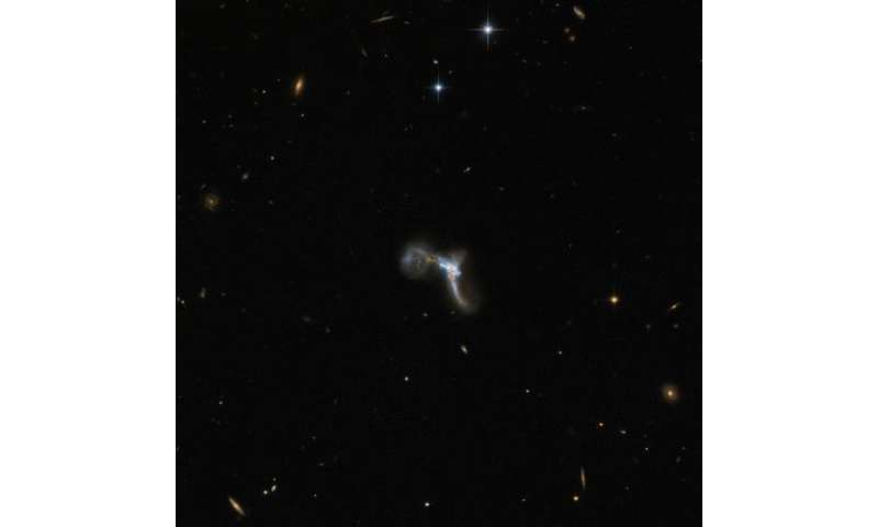 Hubble spots a very bright contortionist