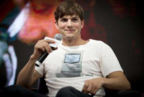 Lenovo hires Kutcher to design, pitch new tablet
