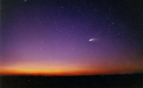 Looks like a comet but feels like an asteroid? That's wild!