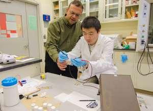 NJIT professor invents a flexible battery