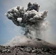 Ocean cores reveal eruption dynamics