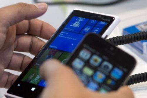 Research firm Strategy Analytics said global smartphone shipments grew 43 percent to 700 million units in 2012