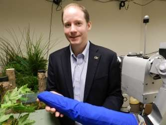 Robots able to reach through clutter with whole-arm tactile sensing