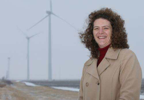 Scientist: Midwesterners open to wind farms, especially in rural areas