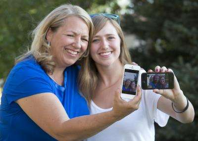 Social parenting: Teens feel closer to parents when they connect online