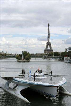 Solar boat reaches Paris after crossing Atlantic