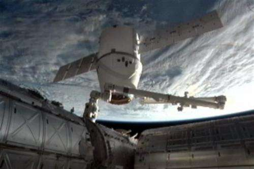 SpaceX Dragon cargo ship leaves space station