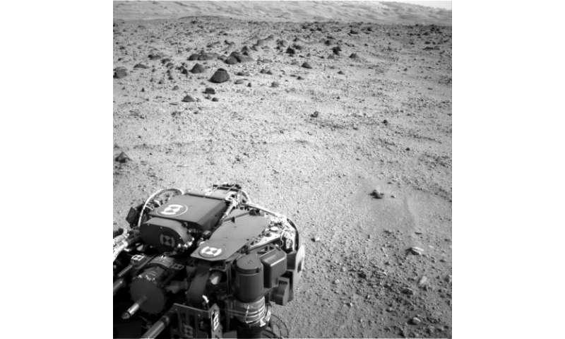 Third drive of Curiosity's long trek covers 135 feet