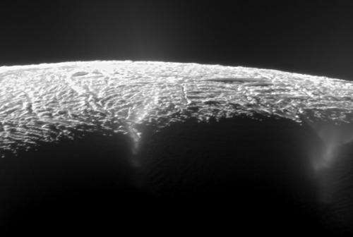 100,000 ice blocks mapped out at the south pole of Enceladus