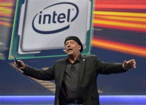 Intel posts lower 1Q net income, higher revenue