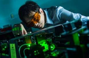 Nanophotonics experts create powerful molecular sensor