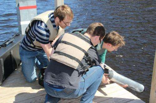 Toward smarter underwater drones