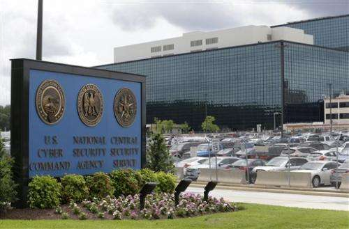 US panel endorses some NSA Internet monitoring (Update)