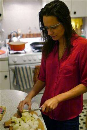 Review: Ups and downs with Google Glass apps
