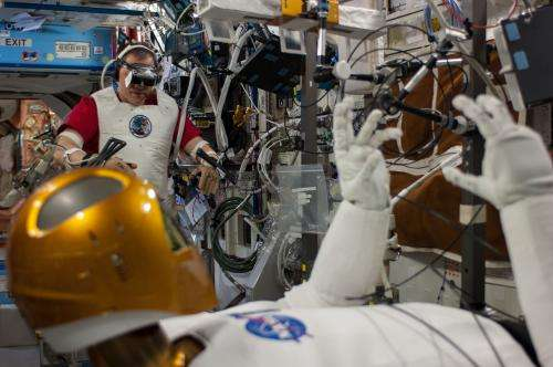 Robonaut 2 set to move freely about space station