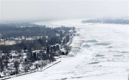 Great Lakes become nearly covered with ice