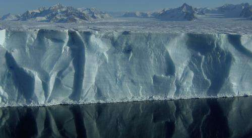 Antarctic team discovers mechanism for massive ice shelf collapse