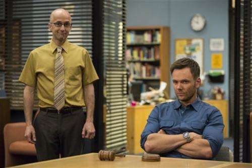 'Community' rebounds with new episodes on Yahoo